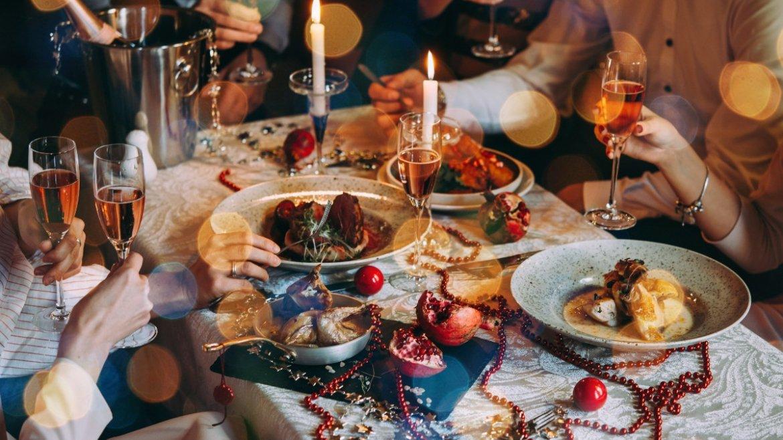 Dieta e feste: i consigli del dietologo e della psicologa per mangiare bene