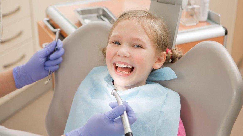 Odontoiatria pediatrica: come curiamo la bocca dei bambini